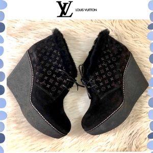 Authentic Louis Vuitton Monogram Suede Boots